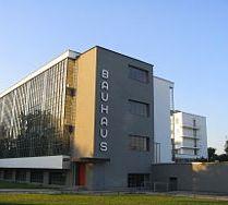 250px-Bauhaus-Dessau_main_building